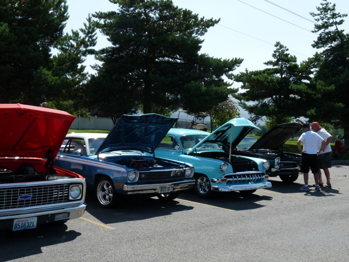 Classic & Collectible Car Display